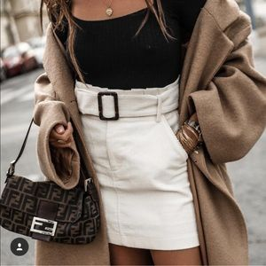 Zara Skirts - ❤️ Blogger's favorite white skirt
